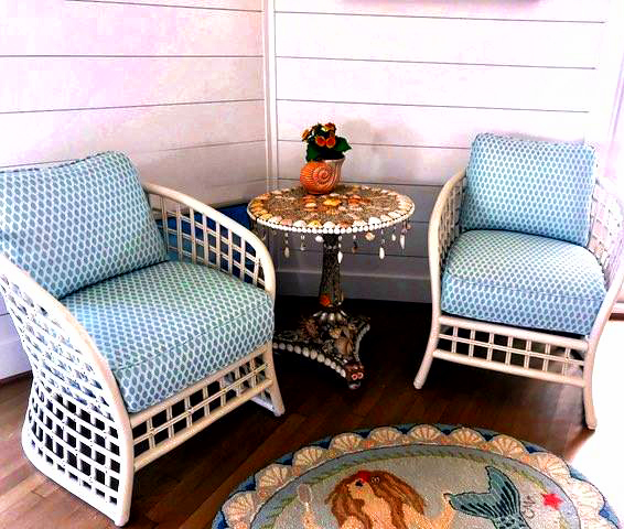 painted-patio-furniture